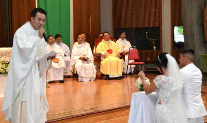 Fr. Vien celebrating a wedding at one of the parishes at which he assists in California